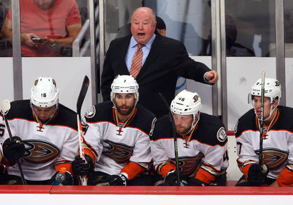 NHL notebook: Ducks GM rules out 'rash changes'