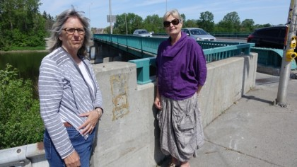 'Ottawa' Friends Rattled as City Begins Removing Roadside Memorials