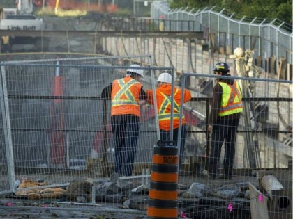 'Ottawa' 'Incremental' add-on Work to $2.1B LRT Line Costs Millions More