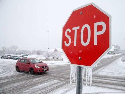 'Ottawa' Ottawa, Eastern Ontario Under Freezing Rain Warning as Storm Arrives