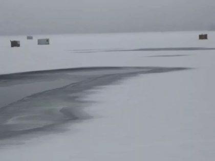 'Ottawa' Passerby Pulls Cornwall Ice Fisherman from Truck Sinking through Ice