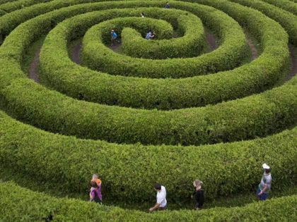 'Ottawa' Capital Facts: That's One Large Hedge Maze
